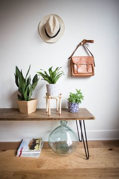 Finishing off the month of woodworking with this pretty and simple copper and wood plant stand! It's perfect to highlight your favorite plant baby.