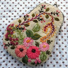 Marvelous Crewel Embroidery Long Short Soft Shading In Colors Ideas. Enchanting Crewel Embroidery Long Short Soft Shading In Colors Ideas. Silk Ribbon Embroidery, Crewel Embroidery, Cross Stitch Embroidery, Embroidery Patterns, Embroidery Purse, Embroidery Tattoo, Embroidery Needles, Embroidered Bag, Ribbon Work