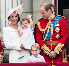 PRINCE WILLIAM, KATE MIDDELTON AND TWO KIDS