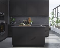 Thinking about putting in a new kitchen? Ikea launches the sustainable Kungsbacka range that looks super slick and stylish, but also helps the environment Home Decor Kitchen, Interior Design Kitchen, Kitchen Designs, Kitchen Ideas, Interior Modern, Black Kitchens, Home Kitchens, Black Ikea Kitchen, Black And Grey Kitchen