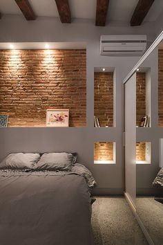 Cabecero ladrillos, selectively exposed brick in bedroom. Cabecero ladrillos, selectively exposed brick in bedroom. Brick Interior, Interior Walls, Interior Architecture, Interior Ideas, Interior Wall Lights, Interior Design Gallery, Interior Office, Interior Lighting, Faux Brick Walls
