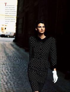 Roma I Vogue Italia I September 1988 I Model: Linda Evangelista I Photographer: Peter Lindbergh.