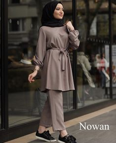 Hijab Fashion Summer, Modest Fashion Hijab, Pakistani Fashion Casual, Modern Hijab Fashion, Modesty Fashion, Hijab Fashion Inspiration, Islamic Fashion, Hijab Chic, Muslim Fashion