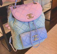 Luxury Purses, Luxury Bags, Mochila Chanel, Fashion Bags, Fashion Backpack, Aesthetic Bags, Cute Mini Backpacks, Sacs Design, Cute Purses