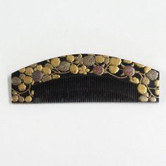 Jewelry Cultural History Study Group - Tortoiseshell comb Makie (Rikyu form)…