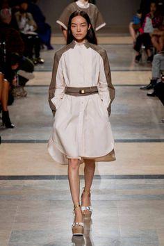 10 способов носить платья-рубашки с мировых показов | KICKY magazine
