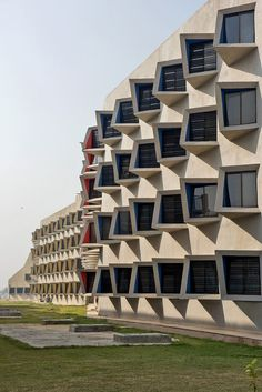 Gallery of The Street / Sanjay Puri Architects - 20
