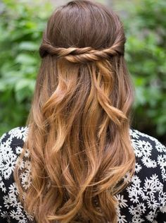 Half up half down hairstyles (9)