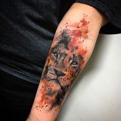 You can hear the roar of work by carolynn.art from São Paulo / SP Budgets . - You can hear the roar of carolynn.art& work in São Paulo / SP Budgets … – – - Wolf Tattoos, Lion Head Tattoos, Animal Tattoos, Body Art Tattoos, Tatoos, Trendy Tattoos, Unique Tattoos, Small Tattoos, Tattoos For Guys