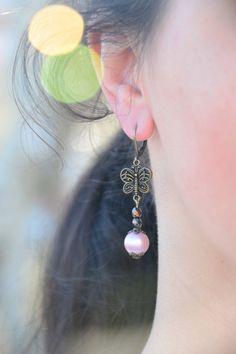 Butterfly earrings. Pink bead earrings. Boho by Estibela on Etsy