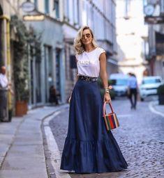 Long Skirts: Veja como usar as maxi saias - Glanz Paris Chic, Long Skirt Outfits, Casual Outfits, Casual Clothes, Maxi Outfits, Modest Outfits, Summer Outfits, Modest Fashion, Fashion Dresses