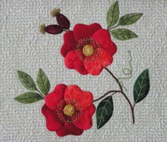 Free wild rose applique pattern from Sandra's Snippets Flower Applique Patterns, Rose Applique, Hand Applique, Machine Applique, Quilt Patterns Free, Applique Quilts, Embroidery Applique, Free Pattern, Felt Patterns