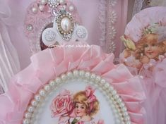 Ornament frame shabby romantic portrait of a little lady Shabby Chic Lamps, Hanging Hearts, Rose Cottage, Powder Pink, Pink Silk, Vintage Girls, Frames, Victorian, Romantic