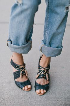cuffed boyfriend jeans and high heels.