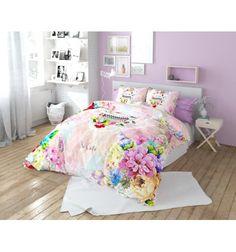 Illuminez votre chambre à coucher avec cette magnifique housse de couette d'une apparence élégante, décorée avec des motifs joyeux et floraux inspiré de la n...