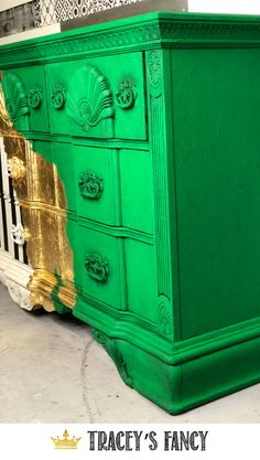 Going Green! This painted dresser goes from green to gold to whimsical black and white! Tracey Bellion of Tracey's Fancy Gold Leaf Furniture, Metallic Painted Furniture, Trendy Furniture, Diy Furniture Projects, Chalk Paint Furniture, Colorful Furniture, Furniture Makeover, Repainting Furniture, Gold Diy