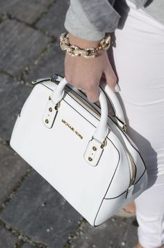 Great Michael Kors bags you have there. Anyway* Id like to share the most fashionable collections in this Michael Kors Outlet! Michael Kors Handbags Outlet, Cheap Michael Kors, Mk Handbags, Michael Kors Tote, Michael Kors Selma, Michael Kors Hamilton, Replica Handbags, Burberry Handbags, Chanel Handbags