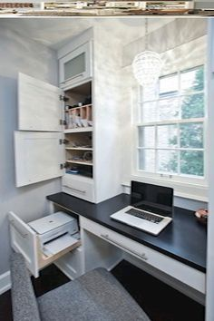Best 24 Home Office Built In Cabinet Design Ideas to Maximize Small Space exampl. - Best 24 Home Office Built In Cabinet Design Ideas to Maximize Small Space exampl… Home Office Space, Home Office Desks, Office Spaces, Office Furniture, Home Office Storage, Furniture Design, Small Office Desk, Hallway Office, Ikea Office