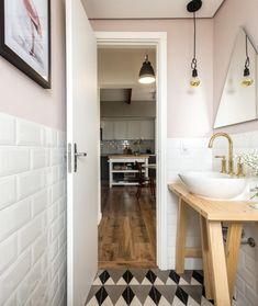 Apartment bathroom decoration ideas vanities Ideas for 2019 Industrial Bathroom, Bathroom Interior, Bathroom Toilets, Small Bathroom, Pintura Industrial, Bathroom Inspiration, Interior Decorating, Sweet Home, Decoration