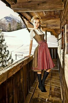 Barbara Palvin, Traditional Fashion, Traditional Dresses, Julia Trentini, German Costume, Beer Girl, Dirndl Dress, German Women, German Fashion