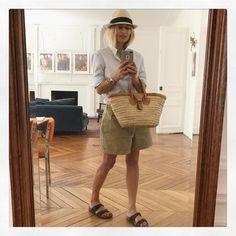 56.4 k abonnés, 323 abonnement, 2,829 publications - Découvrez les photos et vidéos Instagram de Alexandra Golovanoff (@alexandragolovanoff) Fashion Week, Womens Fashion, Indochine, Parisian Chic, Bermuda, Summer Wardrobe, Straw Bag, Cool Outfits, Spring Summer