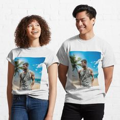 "Camiseta ""Chris Hemsworth"" da clecio | Redbubble Katana, Chris Hemsworth, Trippie Redd, Levi Ackerman, My T Shirt, White Tops, Tshirt Colors, Bella, Female Models"