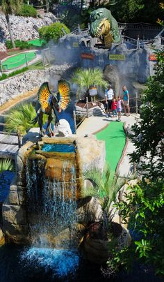 Step back in time at Jurassic Golf in Myrtle Beach, South Carolina! Mrtyle Beach, Beach 2017, Surfside Beach, Beach Trip, Beach Travel, Hawaii Beach, Oahu Hawaii, Myrtle Beach Things To Do, Myrtle Beach Vacation
