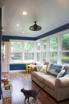 Pin By Hiiiii On Architecture Design Sunroom Playroom Sunroom