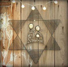narodil+se+šesticípá+židovská+hvězda,+Josef,+Marie,+Ježíšek.+spolu.+drátovaný+Betlém.+železný+drát,+keramika+-+hlavičky+od+efraim,+skleněné+korálky+rozpětí+hvězdy+cca+49+cm+drát+získá+ve+vlhku+rezavou+patinu+original+smu