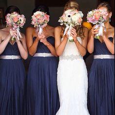 Vestido da noiva incrível e das madrinhas perfeitoooo!!! Amei!