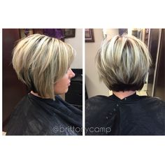 Highlighted short cut with textured layers Thin Hair Haircuts, Short Bob Haircuts, Short Hair Cuts For Women, Short Hair Styles, Short Choppy Hair, Blond, Hair Color And Cut, Hair Color Highlights, Hair Makeup