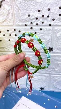 Diy Crafts Hacks, Diy Crafts Jewelry, Diy Crafts For Gifts, Bracelet Crafts, Diy Bracelets Patterns, Diy Friendship Bracelets Patterns, Diy Bracelets Easy, Hemp Bracelets, Handmade Bracelets