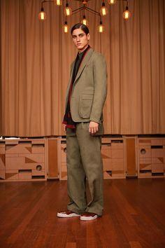 Givenchy Pre-fall 2017 - Menswear 2