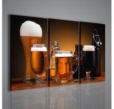 Una stampa su tela moderna: il soggetto è la foto di boccali e bottiglie di birra spumeggiante riposti su un bancone di legno stile vecchie birrerie. I suoi colori e la luce soffusa lo rendono adatto per arredamenti di ristoranti, pub e bar.