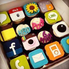 phone cupcakes