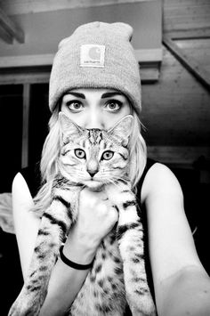 Just a Girl and her Kitty ∘✱ Bella Montreal ✱∘                                                                                                                                                     Plus