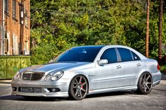 Mercedes-Benz W211 E55 AMG Vossen Wheels | BENZTUNING | Performance and Style