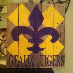 For @melissa hilliard. Fleur De Lis    LSU wooden sign Pallet Art Louisiana Geaux Tigers Shabby Chic Rustic. $40.00, via Etsy.