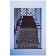 Photo  by @marcoscava for #Minimalzine -------------------------------------------- #photographeroftheday#featured#minimal#minimalmood#minimalism#minimalist#minimalphoto#photozine#zine#journal#contemporaryart#visualarts