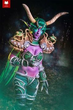 Cosplayer: Elizabethmaree Cosplay Photographer: Steamkittens Character: Ysera From: Hearthstone: Heroes of Warcraft Country: Australia