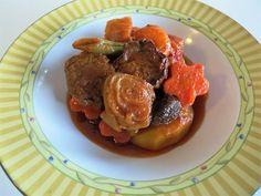 Taskabab • تاس کباب • Beef Stew Persian Style | Fae's Twist & Tango (fae-magazine.com)