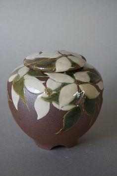 Jeannine Calcogno- stoneware jar