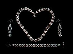 Easy bracelet(necklace, earrings) making for beginners.How to make an elegant jewelry set Diy Jewelry Necklace, Bead Jewellery, Jewelry Making Beads, Earrings Handmade, Pearl Jewelry, Jewelry Sets, Handmade Jewelry, Beaded Bracelets, Making Bracelets