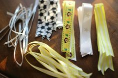How to Make Ponytail Ribbons for Girls (Pony-os how to make a soccer hair bow Volleyball Hair Bows, Softball Hair Braids, Volleyball Hairstyles, Ribbon Hair Ties, Hair Ribbons, Making Hair Bows, Diy Hair Bows, Diy Bow, Diy Ribbon
