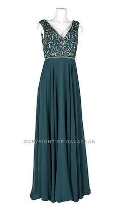 Ook leuk!: Groene Galajurk  2128 Formal Dresses, How To Wear, Clothes, Wattpad, Books, Party, Fashion, Livros, Moda