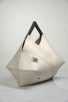 Trendy Women's Purses : Feltrigami Agostina Zwilling Women Accessories, Fashion Accessories, Origami Bag, Creative Bag, Shopper, Womens Purses, Handmade Bags, Beautiful Bags, Purses And Handbags