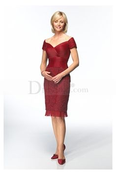 Red Off-The-Shoulder Short Dress for Mothers of the Brides or Grooms