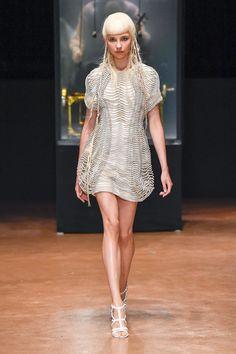 Iris van Herpen Fall 2017 Couture Collection Photos - Vogue#rexfabrics #purveyoroffinefabrics #cometousforfashion #passionforfabrics