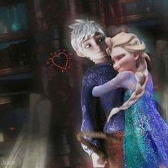 Elsa hugging Jack! PERRRRFFFFECT! AND CUTE!!! #Jelsa #Jelsawillstandstrong