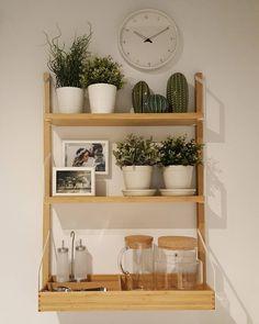 """""""Mi piace"""": 24, commenti: 1 - «scandiasian.living» (@scandinasian.living) su Instagram: """"Tropical Feeling! Das vorerst letzte Projekt für mich bei IKEA. #interiordesign #interior #shelf…"""""""